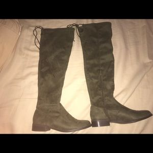 Just fab Abbie flat boot size 9