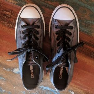 Black Leather Women's Converse!  Excellent!