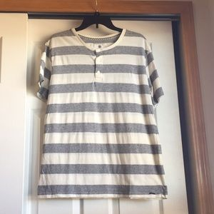 On the Byas Gray and White Striped Shirt Size L