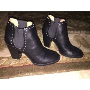 Brand New Repost Maysonia Women's Booties size 8.5