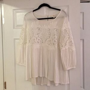 Anthropologie white top with lace details