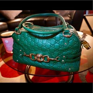 💚AUTH! Green Gucci Boston Handbag Bamboo Zip💚