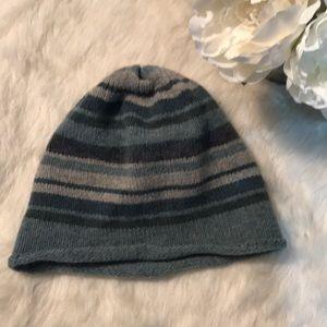 EUC Gap wool beanie