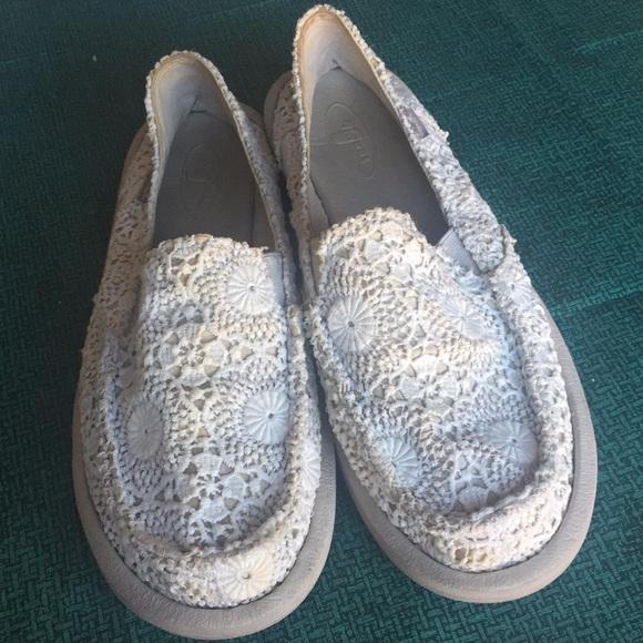 Sanuk Shoes | Donna Crochet Sanuks