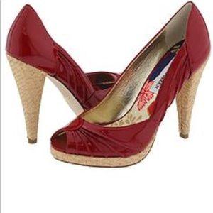 SteveMadden 7 1/2Patent Leather&Wicker Weaved Heel