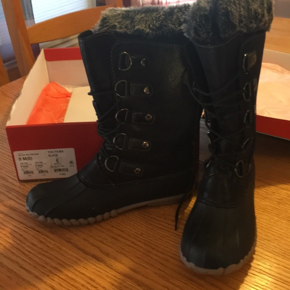 Black With Fur Trim Winter Boots