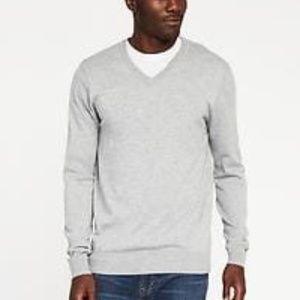 Men's Light Gray V-Neck Sweater