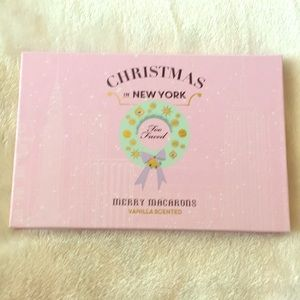 Too Faced Merry Macarons
