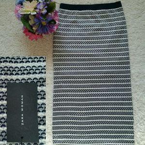 Zara knit tube midi skirt blue and white size M