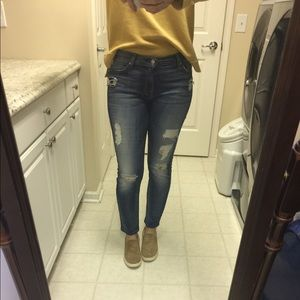 7 For All Mankind Destroyed Ankle Skinny Size 30