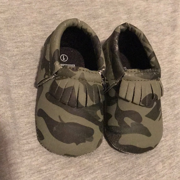 romirus Shoes   Camo Baby Moccasins