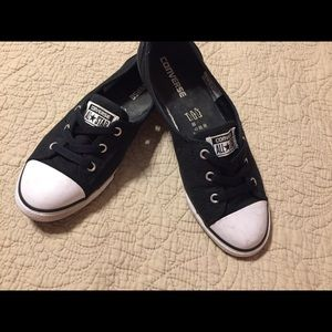 Converse Ballet sneakers women's size 10 Black