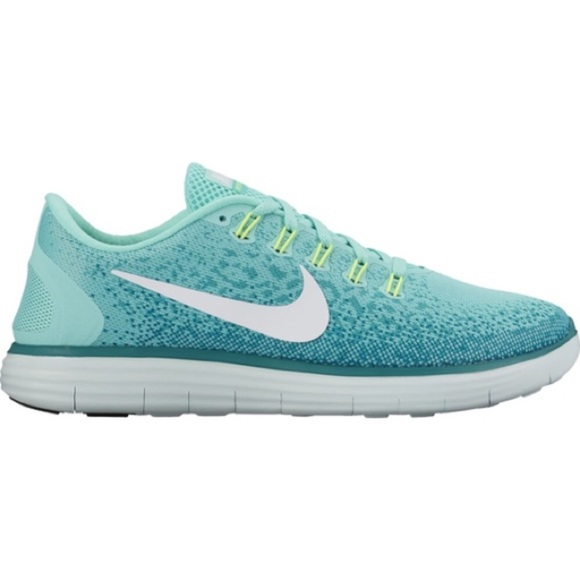 1ce103045a39 Nike Free RN Distance • size 10. M 5a10a3f72fd0b71b50035282