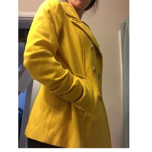 Old Navy Pea coat Size Small yellow/gold