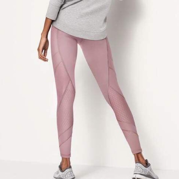 0908615b4b676 Knockout by Victoria Sport Tight in Mauve Rose