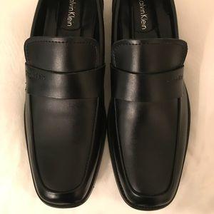 Calvin Klein Men's 9.5 Black Loafer Shoe NEW