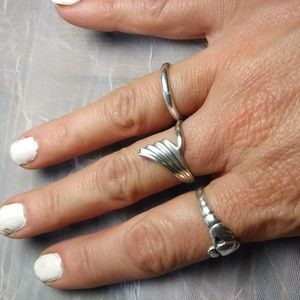 Sterling .925 Silver Wave Ring, Beautiful