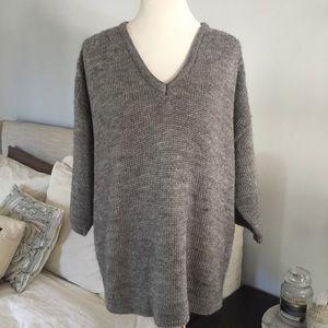 Zara Knit V-Neck Gray Sweater