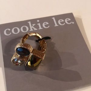 NWT Cookie Lee Gold and Crystal Stretch Ring