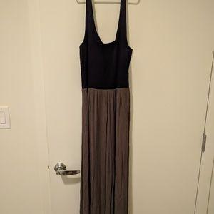 Lou & Grey Maxi Dress - Black/Olive