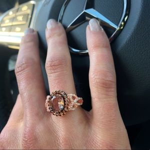 🆕✨Halo Heart Chocolate Cubic Zirconia Ring!