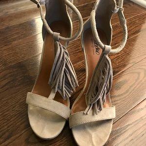 Mossimo Tassle Heels