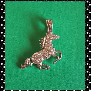 Jewelry - Stallion fashion pendant with clear crystals