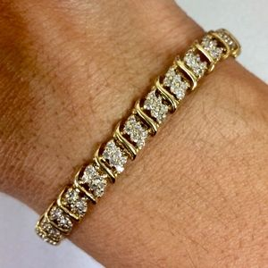 3.96 tcw Diamond 10k Diamond Tennis Bracelet
