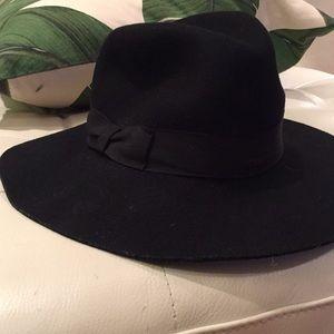 Black wide rimmed hat