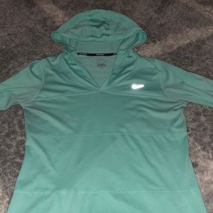 Women's Nike Dry Fit Hoodie Size L