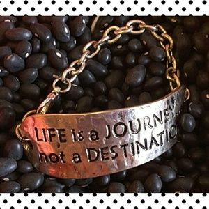 "Fashion ""Life is a journey"" bracelet"