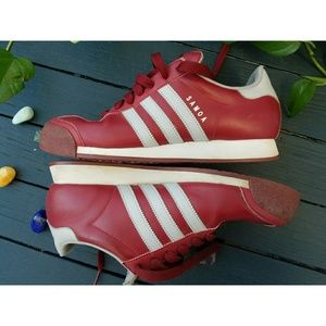 Men's 8.5 Adidas Samoa Burgundy + Grey Sneakers