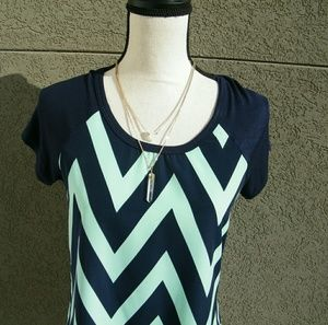 Daytrip Navy and Turquois Chevron Top
