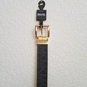 New Michael Kors reversible belt