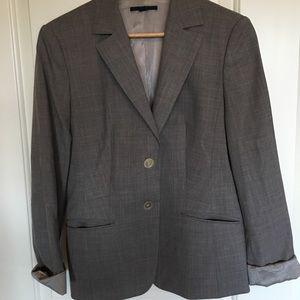 Hugo Boss Jackets & Coats - Hugo Boss Janna 2 tan blazer size 12