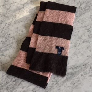 Gap Brown and pink scarf