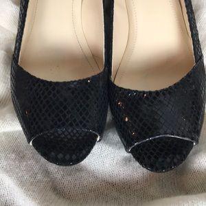 NWOT Calvin Klein Paris's peep-toe black heels