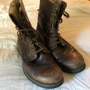 Genuine Leather Boots, good condition comfortable.