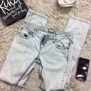 Free people light wash straight leg jeans size 28