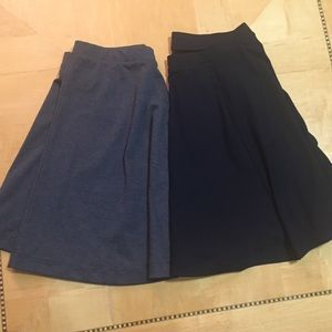 Old Navy Black and Gray Skirts, M