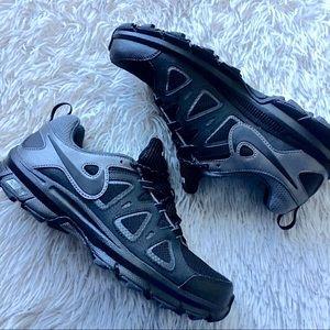 NWOB Nike Men's Alvord 10 Trail Running Shoe, sz 9