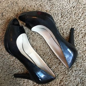 Unisa Shoes - Unisa black peep toe pumps sz 6.5