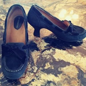 SUEDE BLK heels with Bow - Naturalizer
