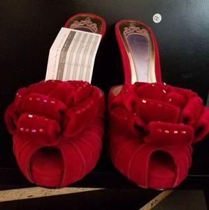 Hale Bob Pump Red Bows Size 5