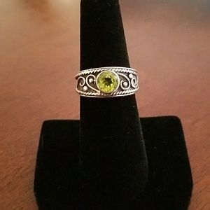 Jewelry - Beautiful Sterling silver and Peridot ring
