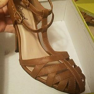 Great quality Qupid heels