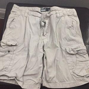 Men's billabong cargo tan shorts size 38