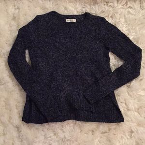 🆕 Abercrombie and Fitch soft navy sweater