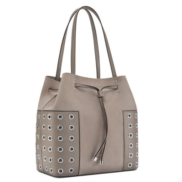 bc7e2c54884a Tory Burch Block-t Grommet Bucket Tote - Gray