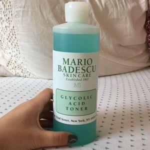 BN Mario Badescu glycolicacid toner
